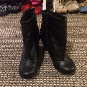 Shoes - Hot Black Boots!